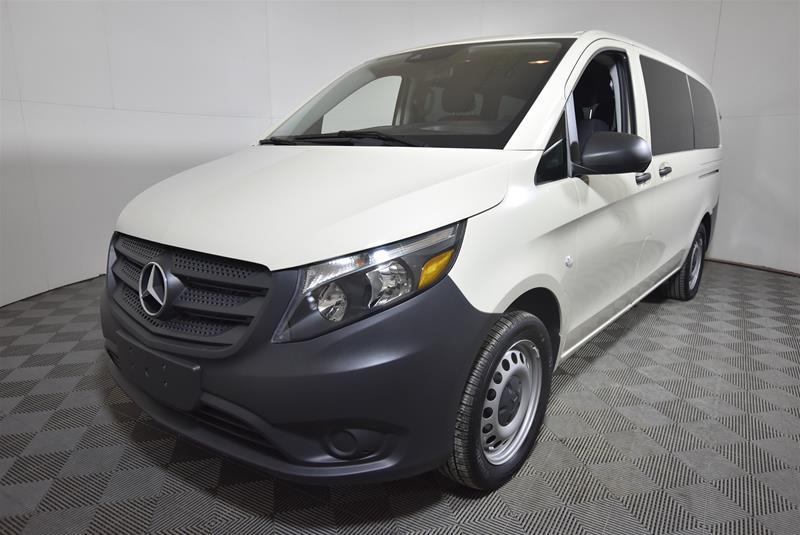 Certified Pre-Owned 2017 Mercedes-Benz Metris Metris Passenger Van