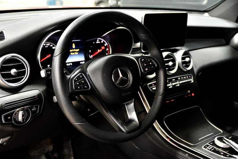 Pre-Owned 2018 Mercedes-Benz GLC GLC300