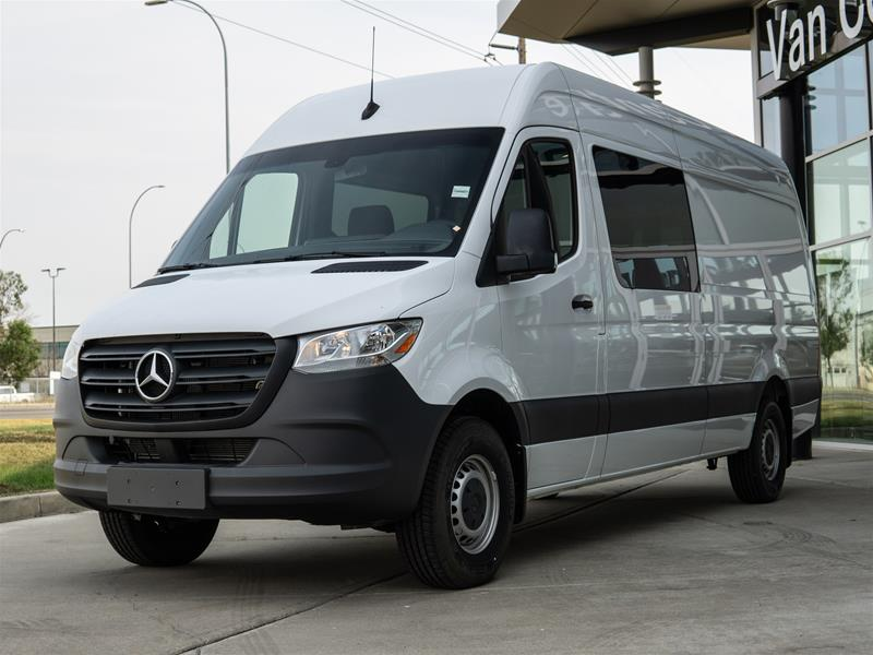 New 2019 Mercedes-Benz Sprinter V6 2500 Crew Van 170