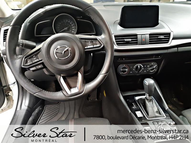 Pre-Owned 2018 Mazda3 Mazda3