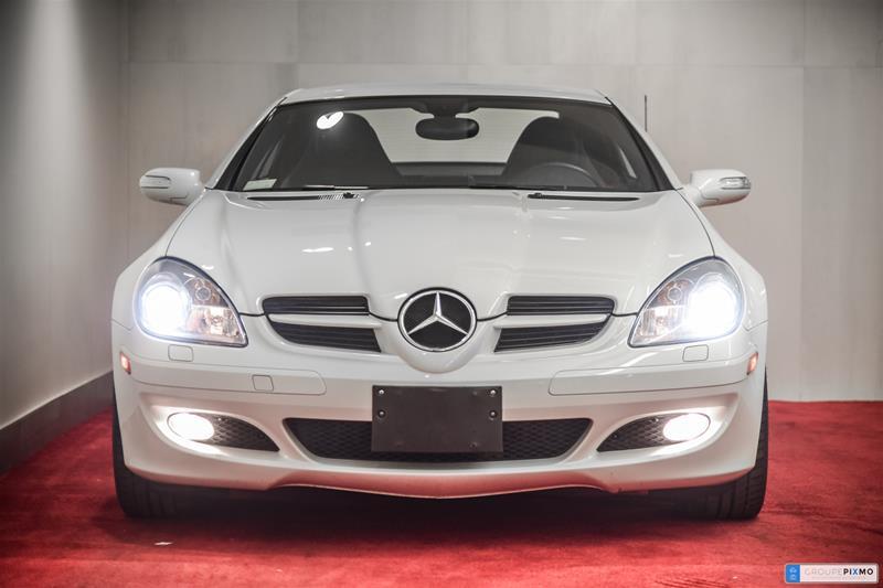 Pre-Owned 2008 Mercedes-Benz SLK SLK350