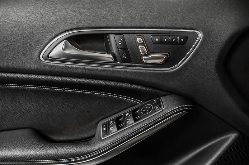Pre-Owned 2018 Mercedes-Benz GLA GLA250