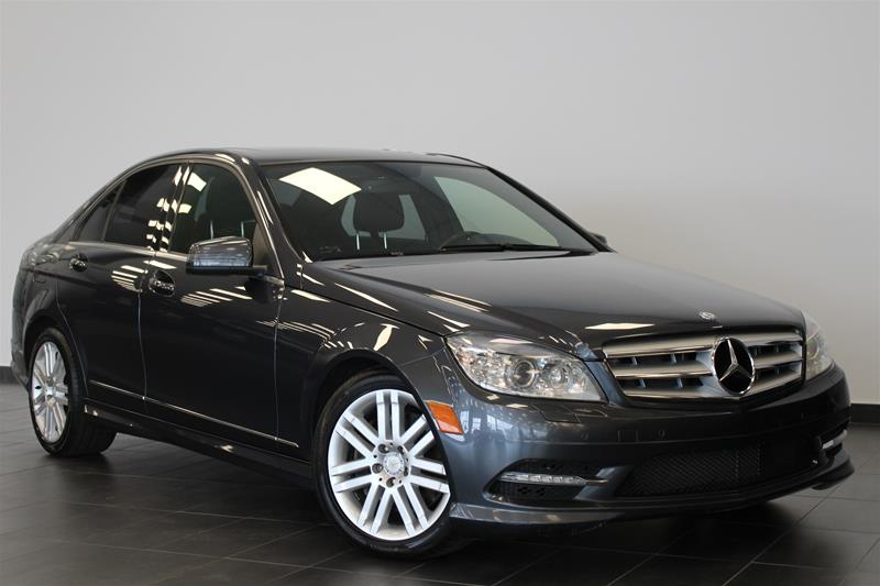 Pre-Owned 2011 Mercedes-Benz C-CLASS C300