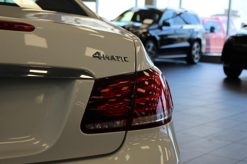 Pre-Owned 2016 Mercedes-Benz E-CLASS E400