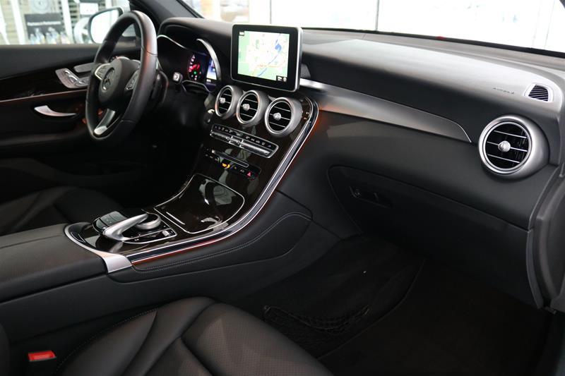 Certified Pre-Owned 2017 Mercedes-Benz GLC GLC300