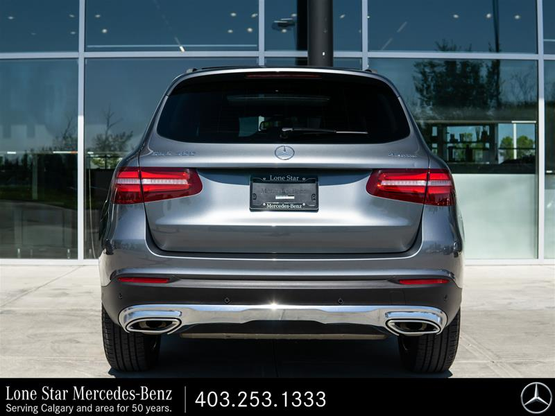 Certified Pre-Owned 2018 Mercedes-Benz GLC300 4MATIC SUV